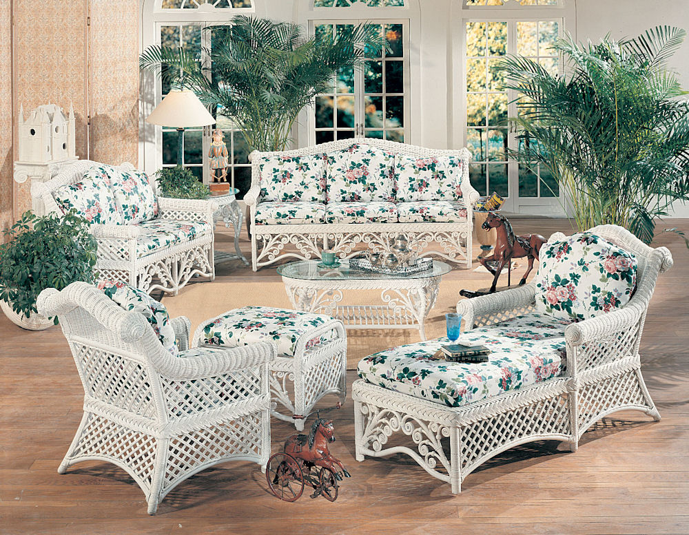 Patio furniture covers victoria homes decoration tips for Victorian home furniture