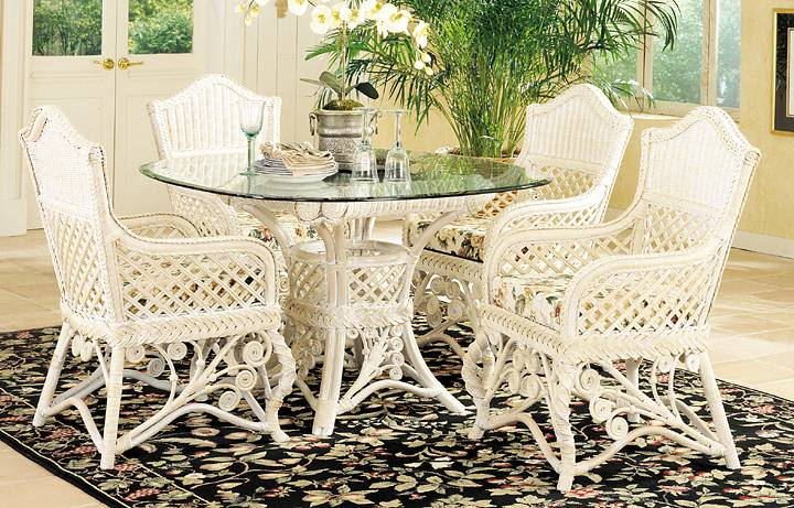 Gazebo Victorian Wicker Dining Set